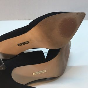 Louise et Cie Shoes - Louise & Cie Black Pointed Toe Booties Size 7